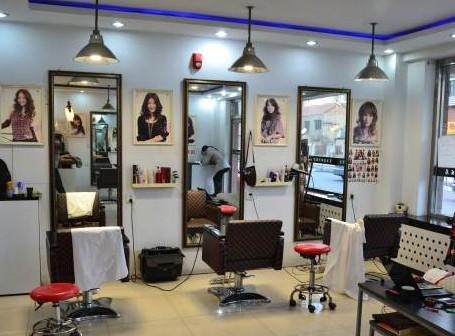 理发店装修效果图   理发店装修图   我想请你发一个小型发廊