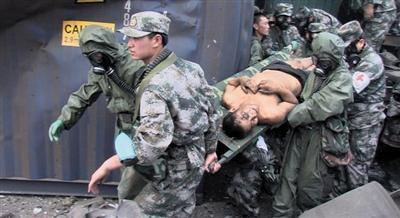 天津爆炸事故已致104人遇难 仅28人能确定身份