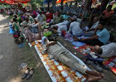 印度邪教头目强奸案引局势紧张 曾唆使信徒自宫